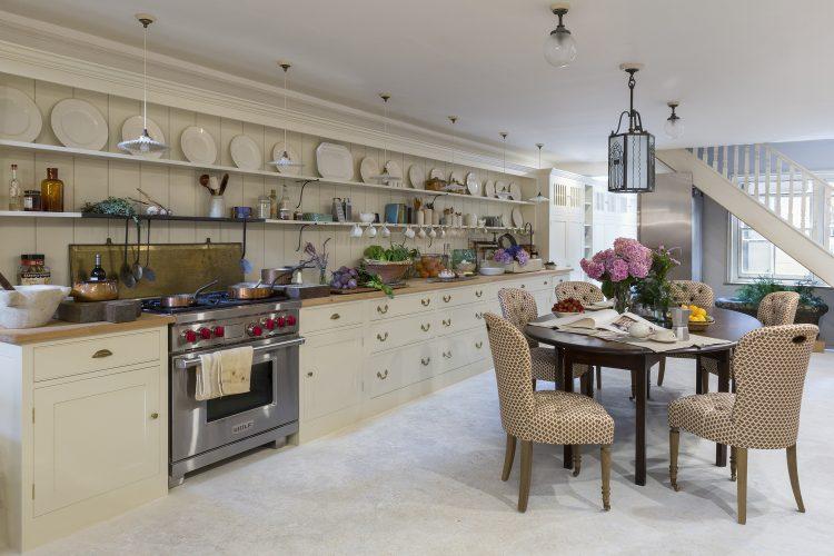 1-Howe-Kitchen