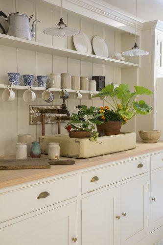 2-Howe-Kitchen