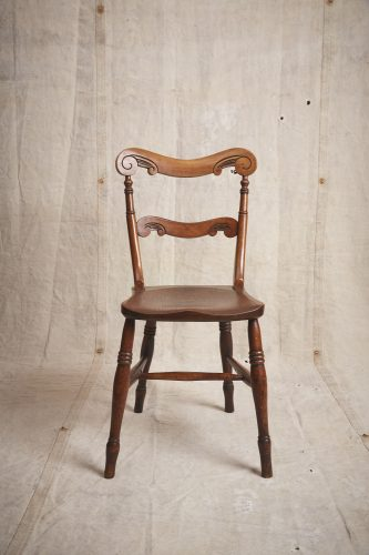 10-Four-Wooden-Chairs_8692