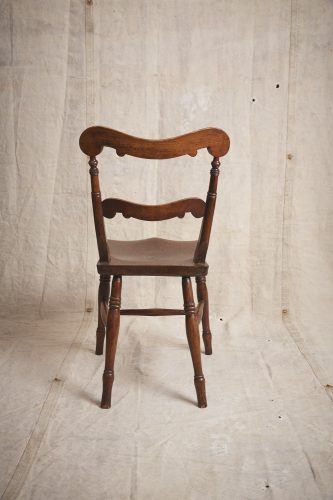 10-Four-Wooden-Chairs_8699
