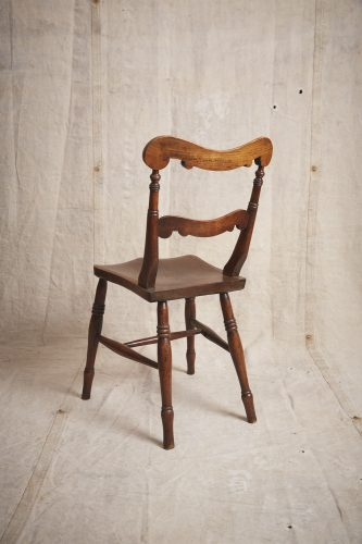 10-Four-Wooden-Chairs_8700