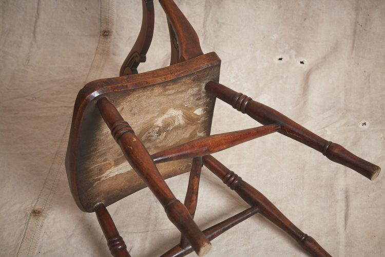 10-Four-Wooden-Chairs_8710