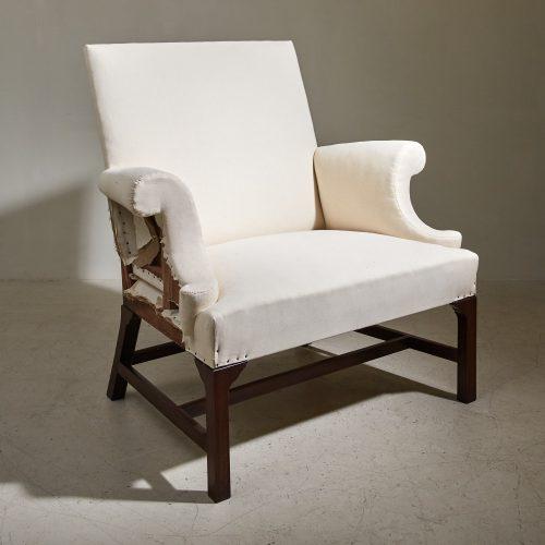 2021 Reynolds Chair in Calico – Jagr-0001