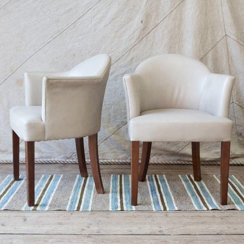 90084-Grey-Leather-Gatsby-Tub-Chair-0002-1