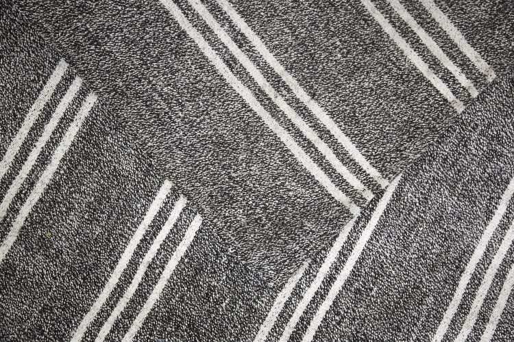 BW-Striped-Rug-3250×1990-0004