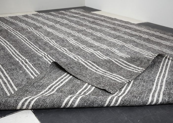 BW-Striped-Rug-3250×1990-0005