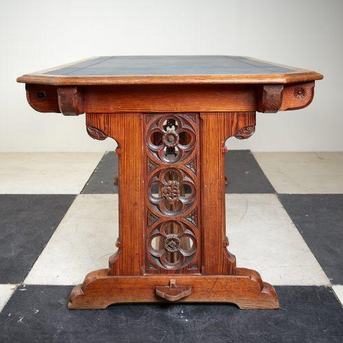 Blue-Leather-Desk-3