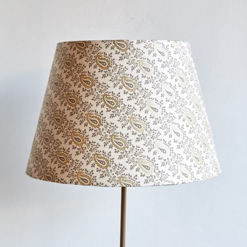 Campari-Lamp-with-Shade-0003-1