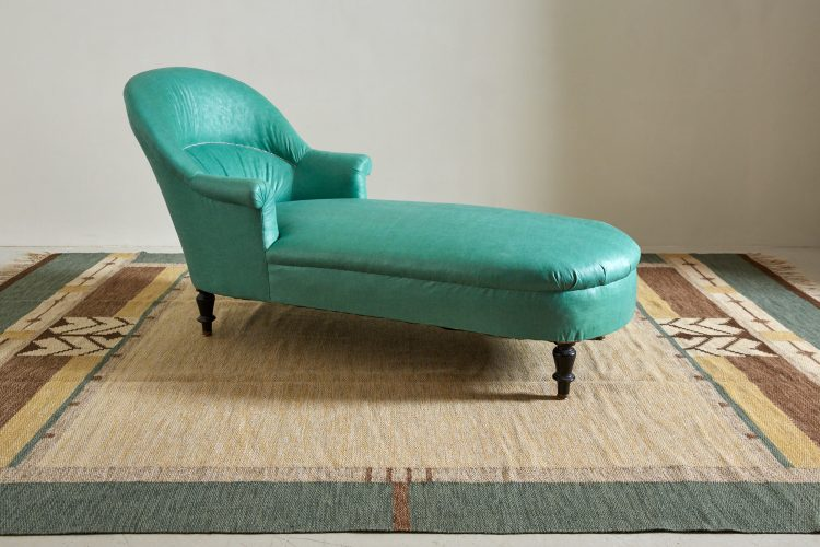 Chaise with Rugs-0001