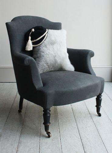 Chapeau-Grey