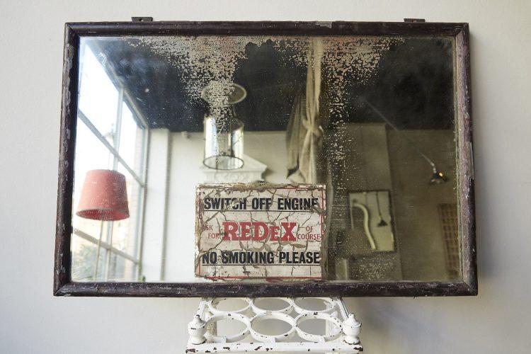 Dark-Frame-Redex-Mirror-0010