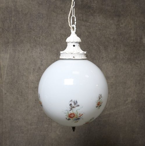 Floral-Ball-Hanging-Lamp-0001-e1568191852837