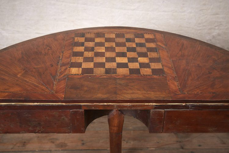 Folding-Top-Games-Table-1
