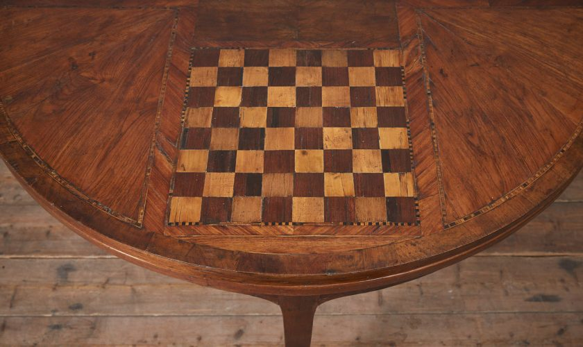 Folding-Top-Games-Table-8
