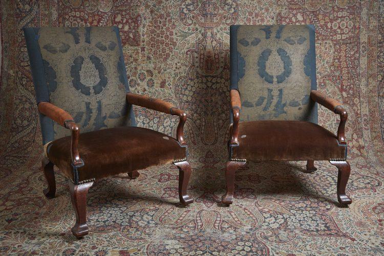 George-II-Gainsborough-Armchairs-0005-1