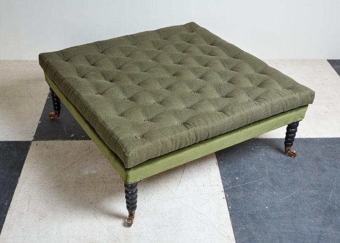 Green-Bobbin-Leg-Stool-0001