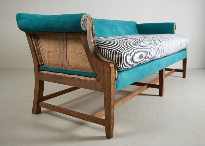 Greyhound Settee in Teal-0011