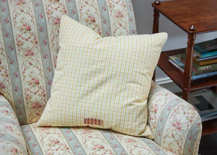 HB900217 – Lemon Stripe & Check Cushion (SS267)-0001
