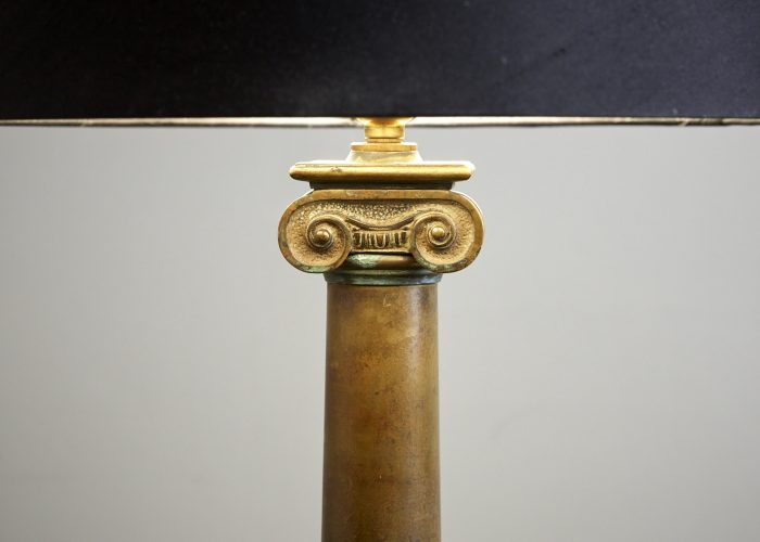 HL0581-Brass-Column-Lamp-0004