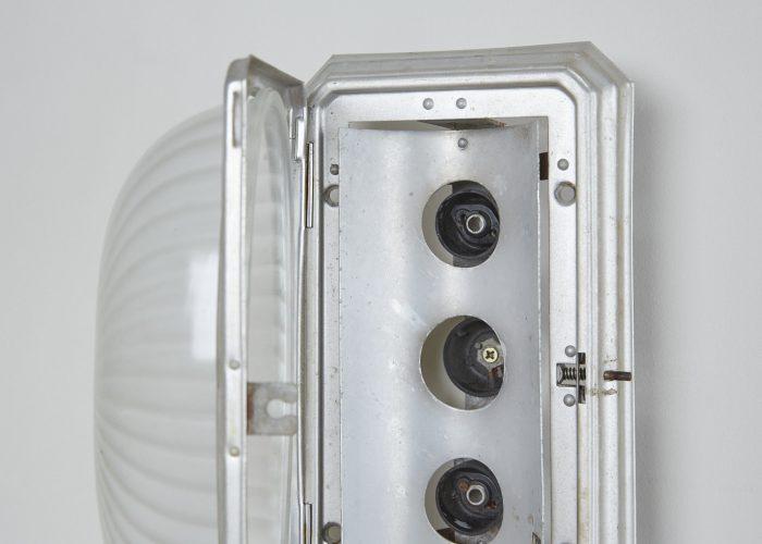 HL2073-1930s-German-Bulk-Head-Light-0005