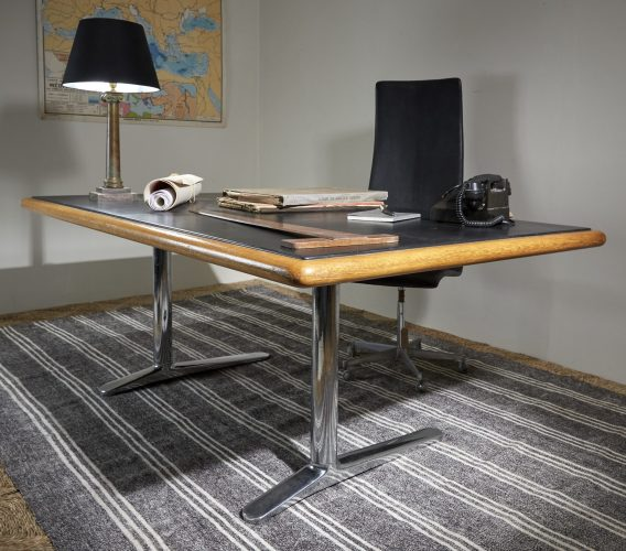 HL2709-Knoll-International-Desk-0010-1-1-scaled-e1591363217729