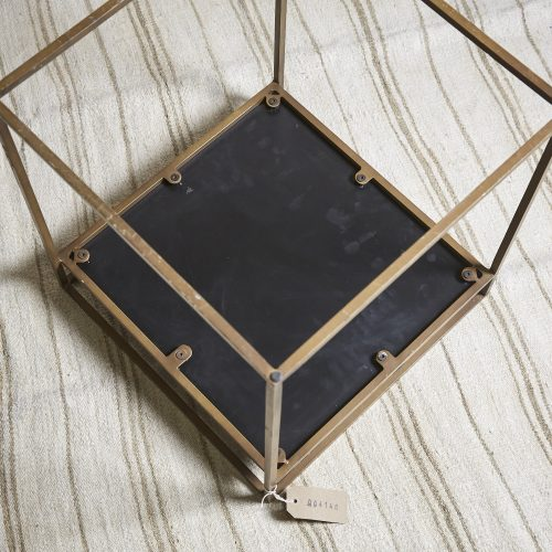 HL4146-Brass-and-Black-Table-7