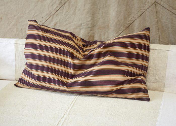 HL4274 – Swedish Pillow Brown Red Purple-0007
