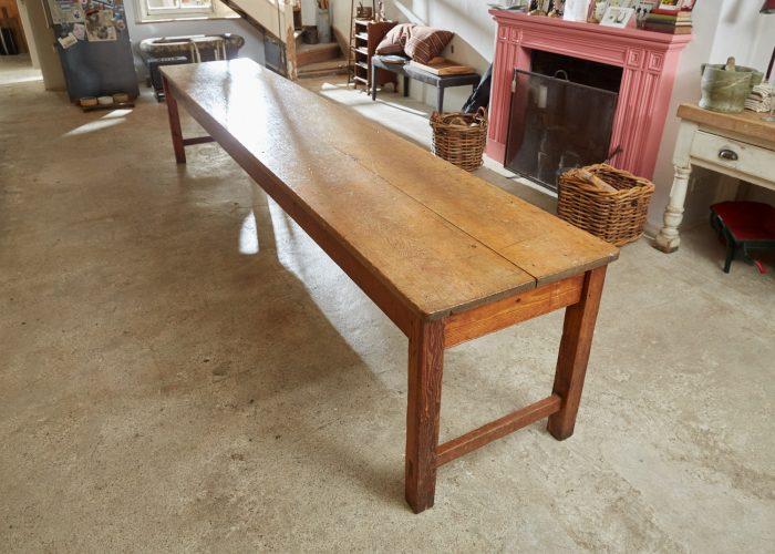 HL4303 – Harvest Table-0004