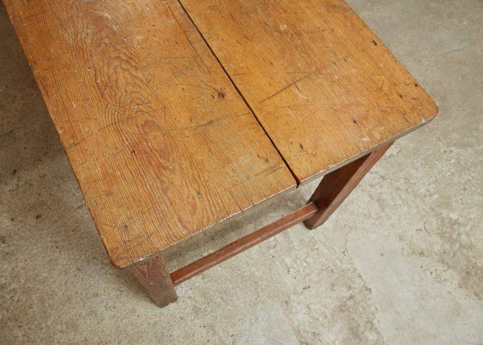 HL4303 – Harvest Table-0006
