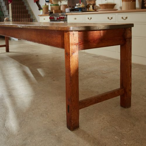 HL4303 – Harvest Table-0009