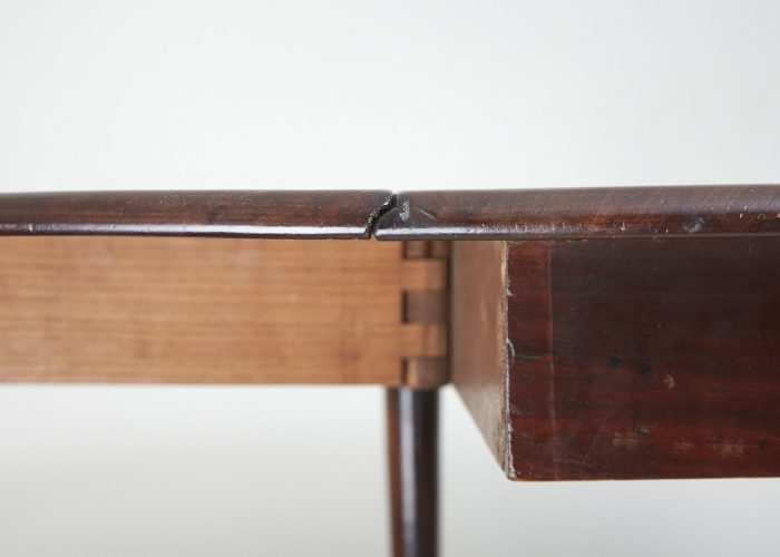 HL649-Mahogany-Drop-Leaf-Table-0007