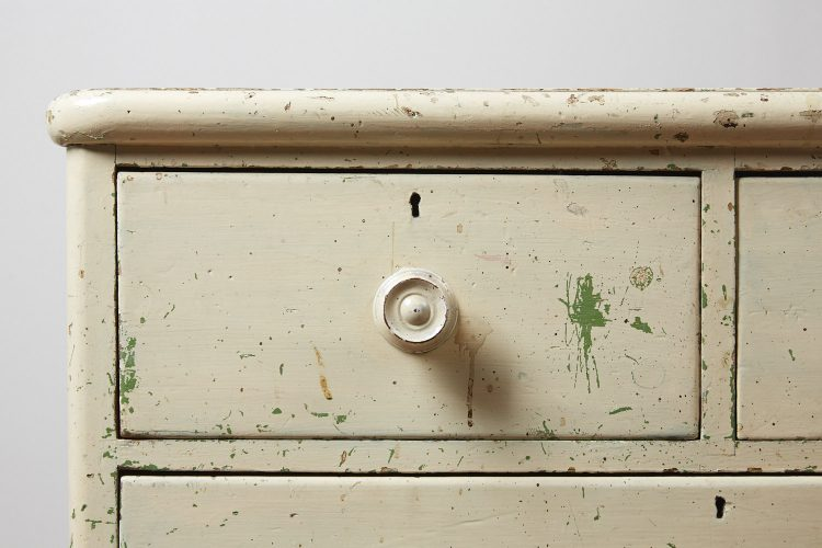 INC0119-Painted-Chest-of-Drawers-0009