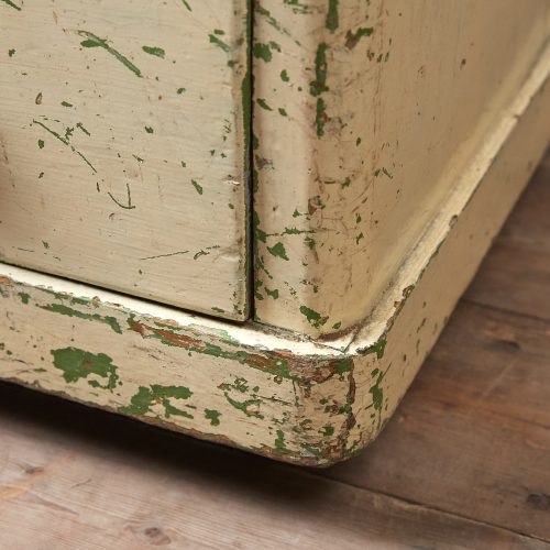 INC0119-Painted-Chest-of-Drawers-0010