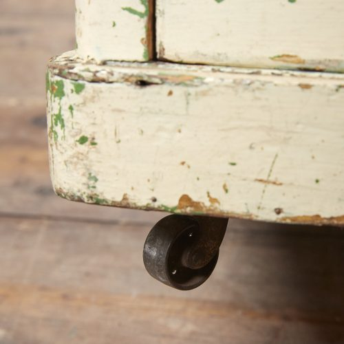 INC0119-Painted-Chest-of-Drawers-0015