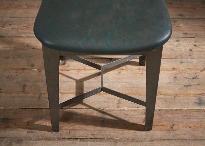 INC0207-Leatherette-Desk-Chair-0004