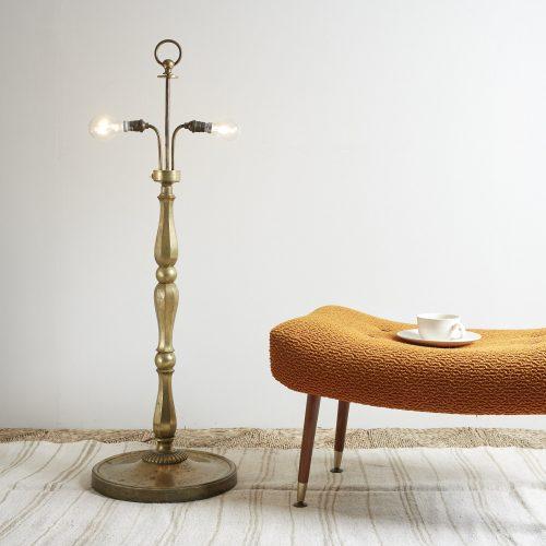 INC0227-Oversized-floor-lamp-0005