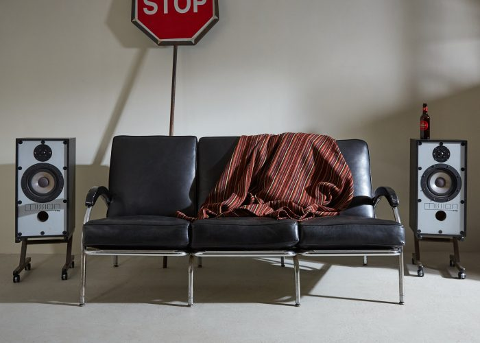 INC0305 – Modernist Sofa-0003