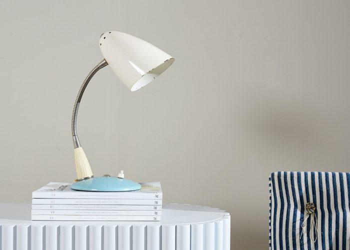 INC0552 – 1950s Blue Desk Lamp-0010