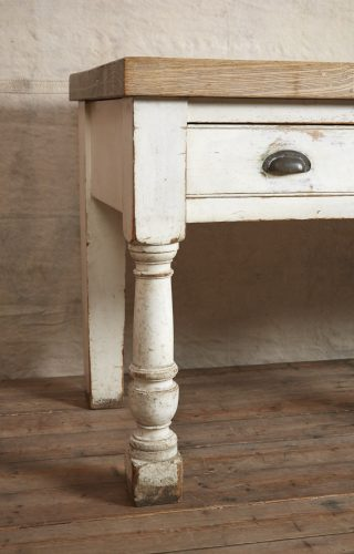 Kitchen-Counter-Table-0003