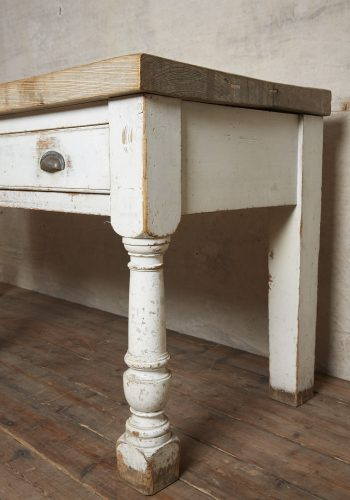 Kitchen-Counter-Table-0007