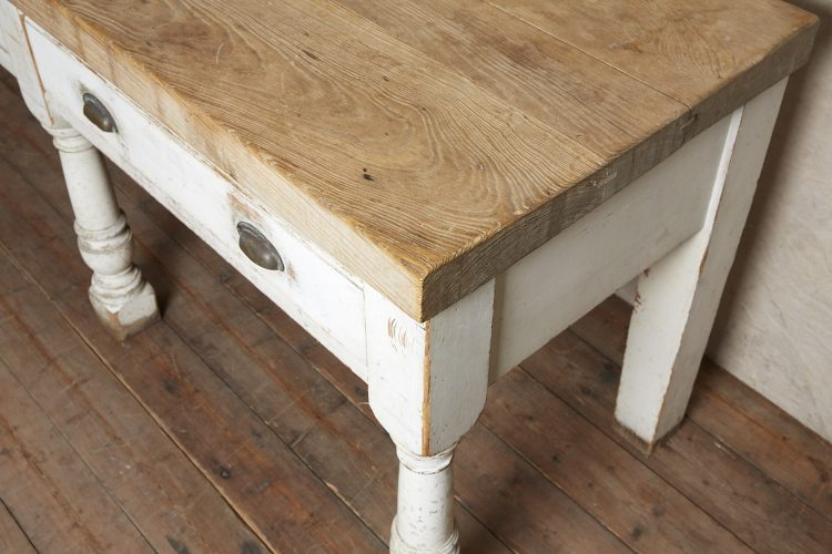 Kitchen-Counter-Table-0008