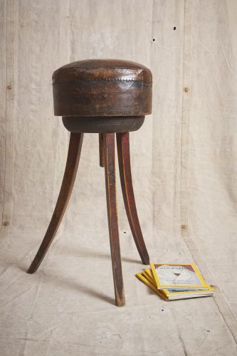 Leather-Bar-Stool-0008