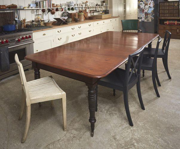 Mahogany-Kitchen-Table-0003