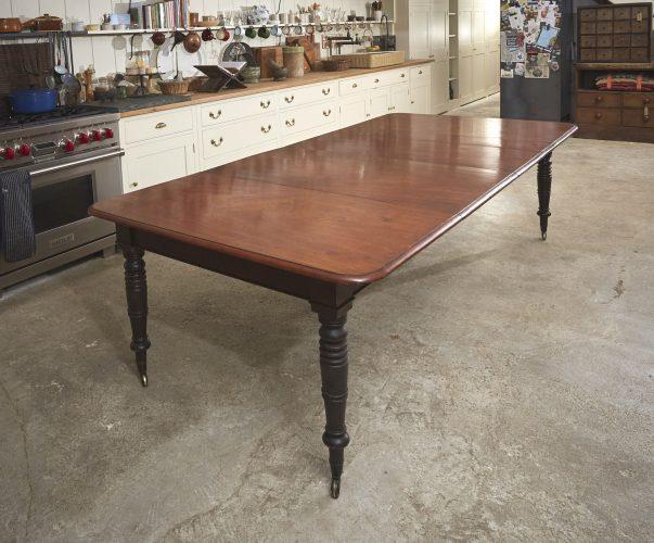 Mahogany-Kitchen-Table-0005