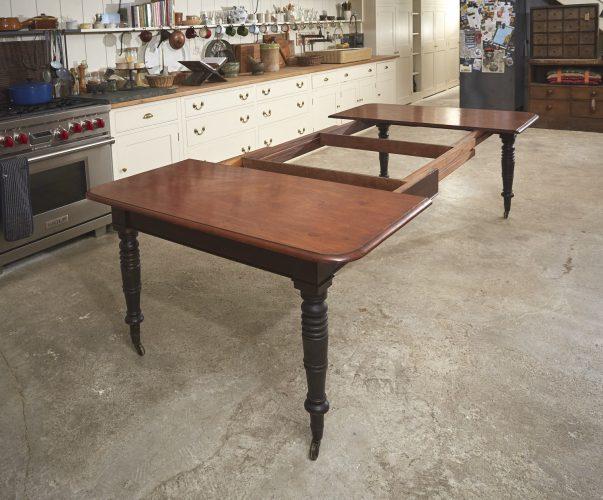 Mahogany-Kitchen-Table-0009