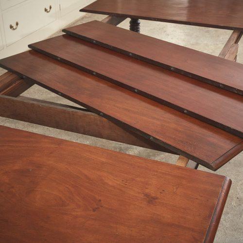 Mahogany-Kitchen-Table-0016