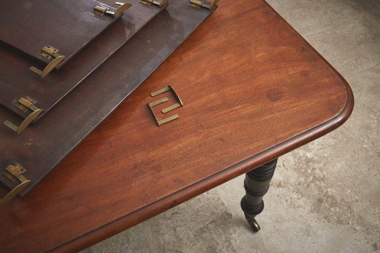 Mahogany-Kitchen-Table-0027