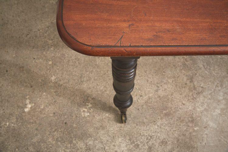 Mahogany-Kitchen-Table-0029