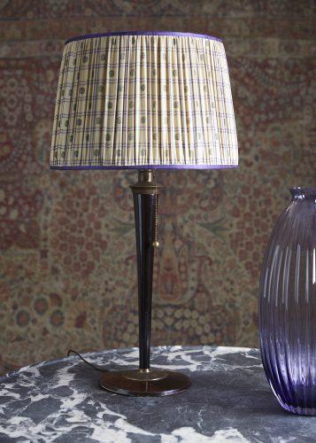 Modernist-Lamp-1