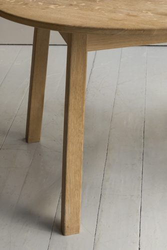 Oak-Breakfast-Table-Detail-3